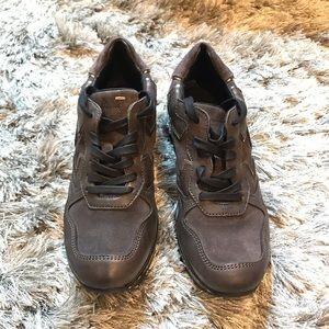 KHRĪO leather sneakers